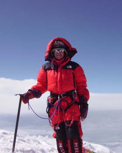 Valerie Parkinson on the summit of Manaslu , 81 kb