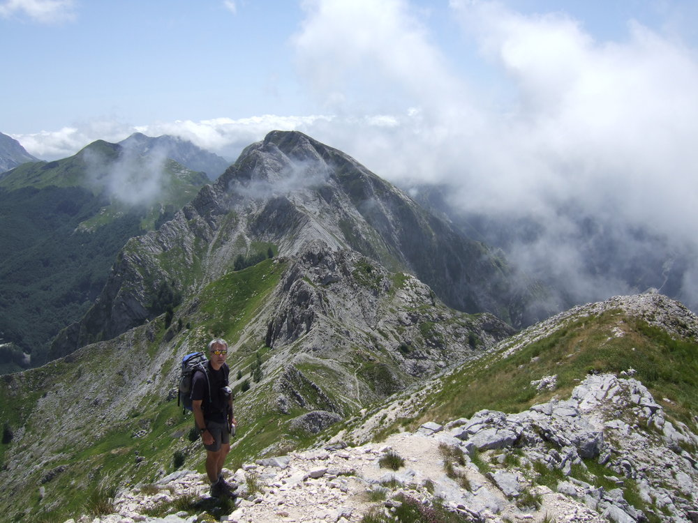 Walking in the Apuan Alps, Northern Italy, 178 kb