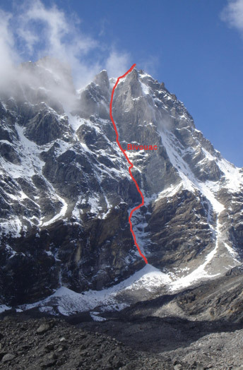 North face of Phari Lapcha, Snotty's Gully, 66 kb