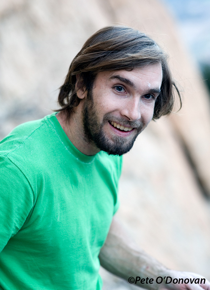 Chris Sharma, seemingly quite happy after his on-sight ascent of Paper Mullat (8b+/8c). The beard came off that night!, 189 kb