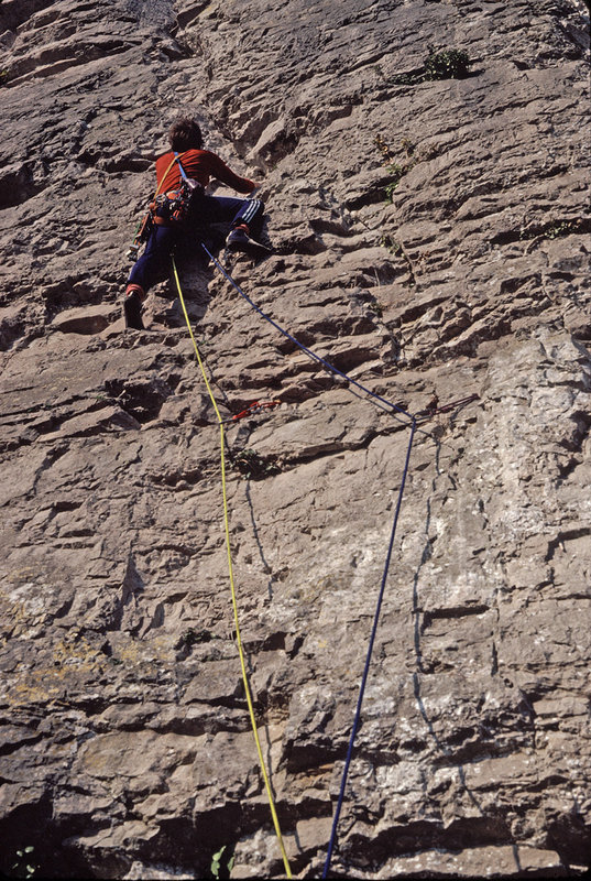 Graham Parkes on Pterodactyl, HVS 5a, Craig y Forwen, c1980, 194 kb