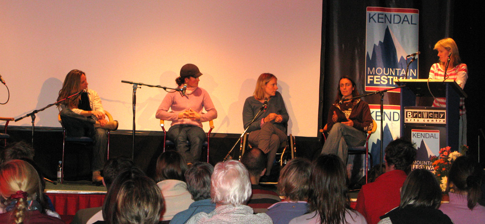 Lucy Creamer, Zoe Hart, Karen Darke, Steph Davis and Lousie Thomas: A Woman's Place., 190 kb