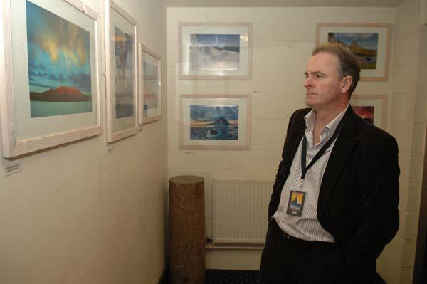 Colin Prior judging the photo competition. Hard to tell the difference between the pros and the amateurs these days., 21 kb