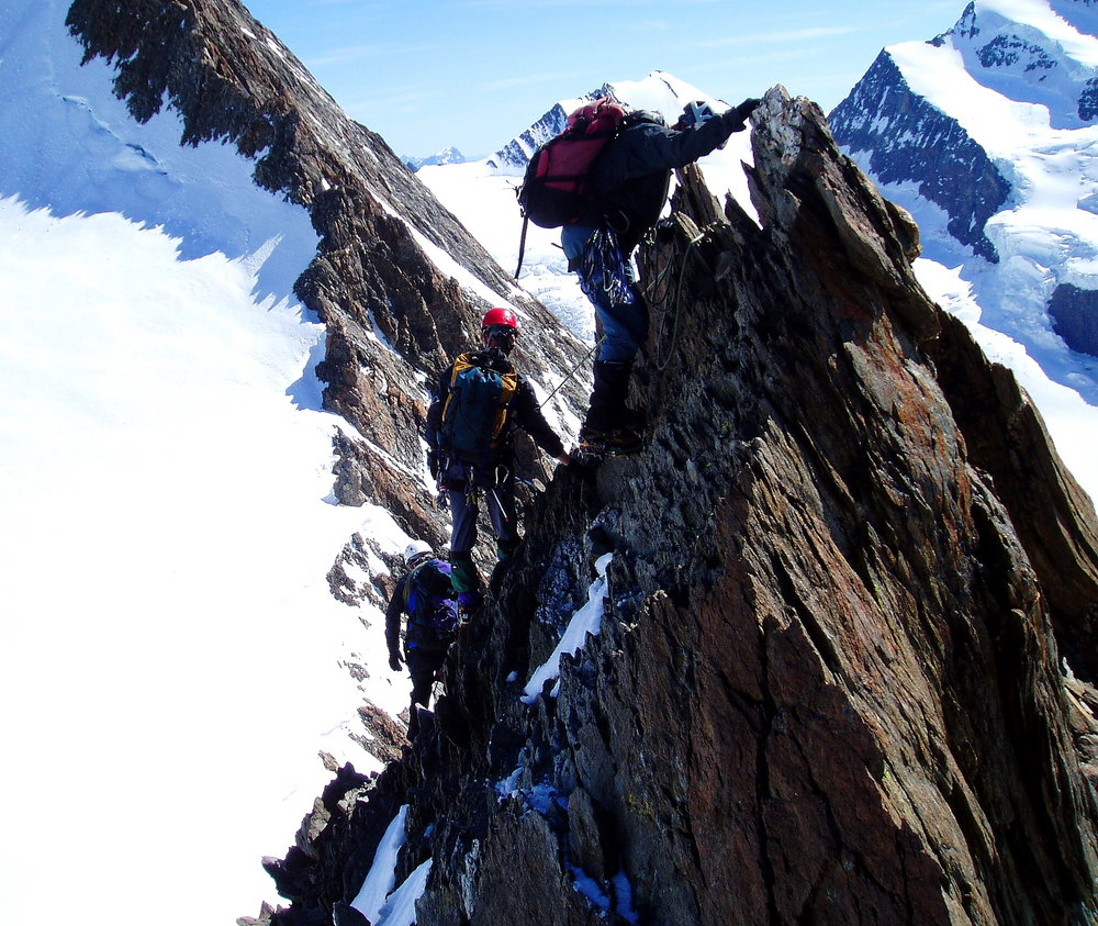 Descending the Grunneghorn, Bernese Oberland., 220 kb
