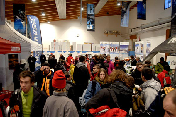 Ecrins Trade Show, 166 kb