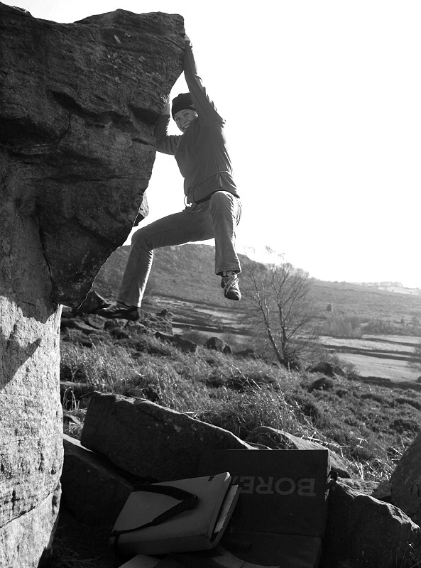 Sunday afternoon bouldering, 136 kb