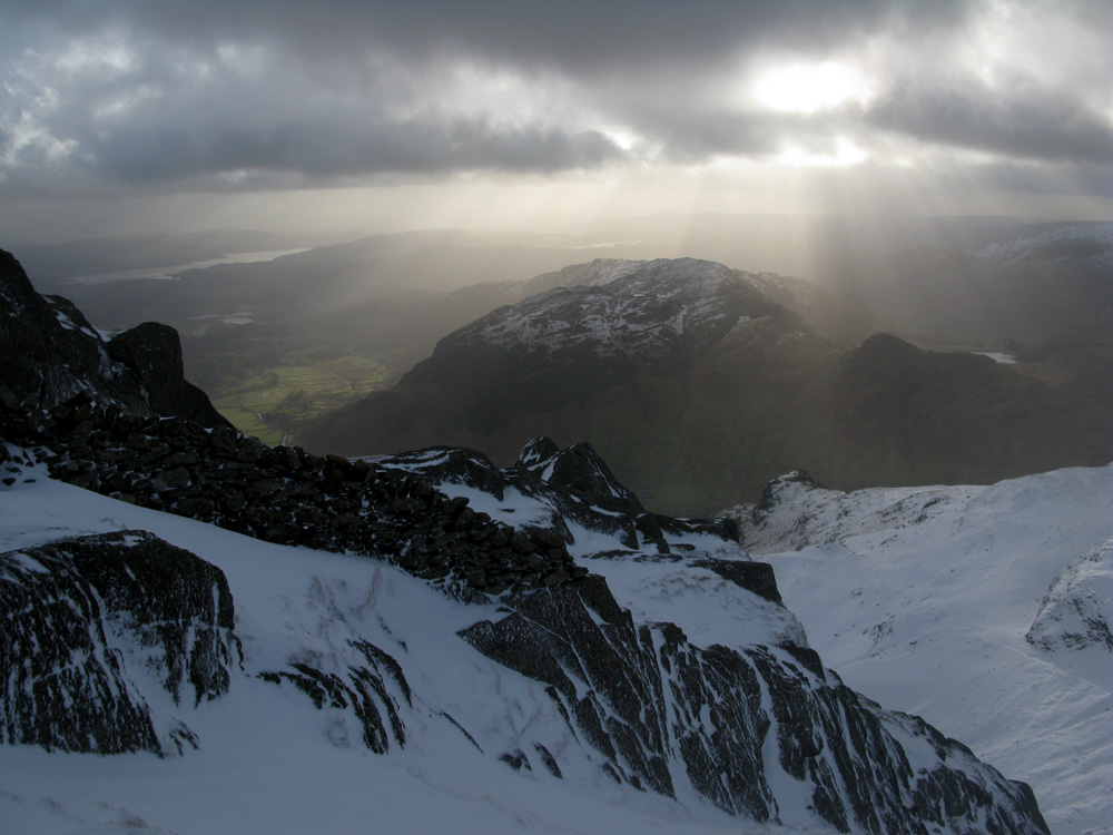 From top of Pavey Ark, 194 kb