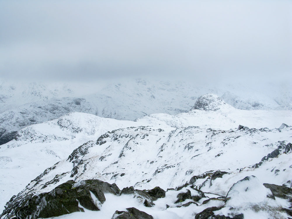 Looking toward Pike O' Stickle, 122 kb