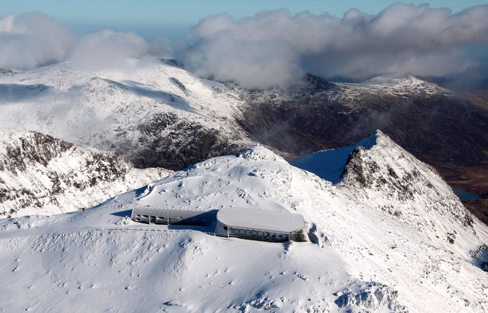New Snowdon Summit Cafe.  26 Jan 09, 143 kb