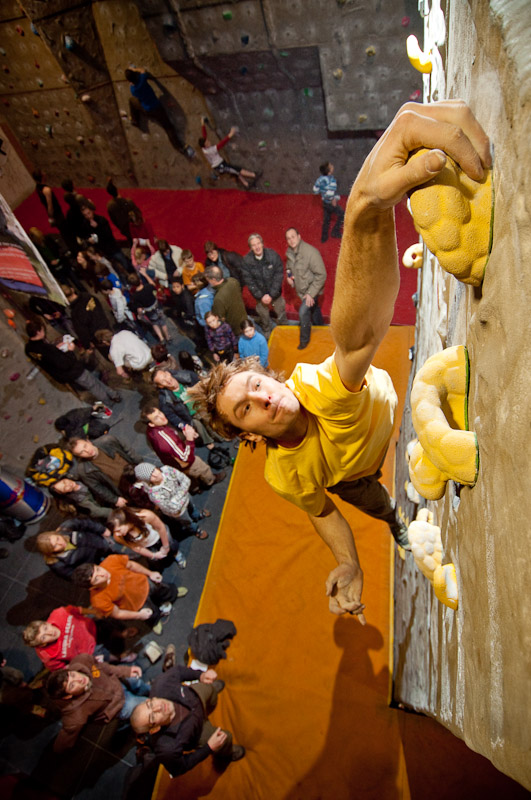 Overall winner Dawid Skoczylas, latching the highest dyno in the Plastic Fantastic comp, 165 kb