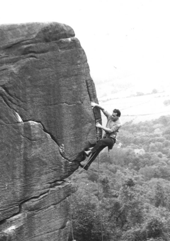 Graham Hoey climbing Strapadictomy (E5) on-sight in 1981, 68 kb