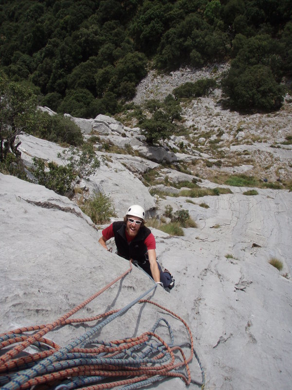 Multi-pitch climbing on El Resquilon, Cuerto Agero, 127 kb