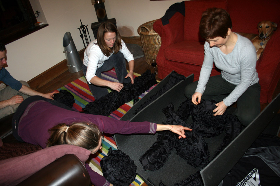 Assembling the Air Pad - note the strange black air cells kindly pointed out by Sophie!, 154 kb