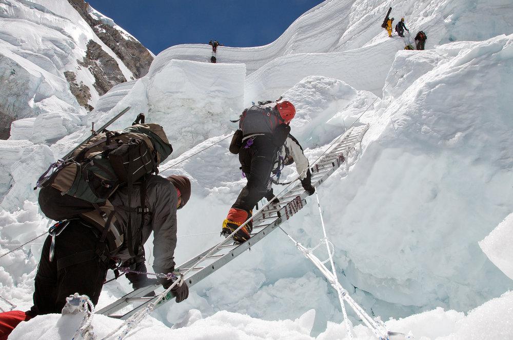 Khumbu Icefall ladders., 158 kb