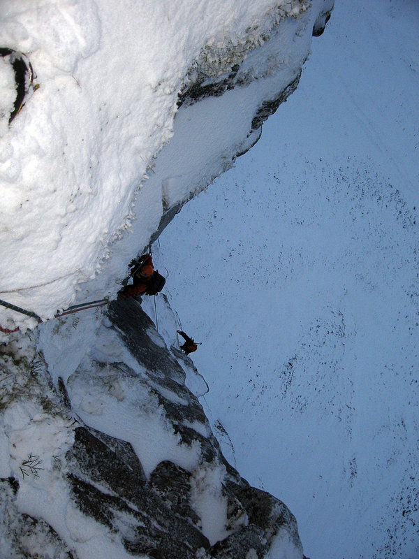 Pete and Guy seconding on pitch 4 of The Godfather, 123 kb