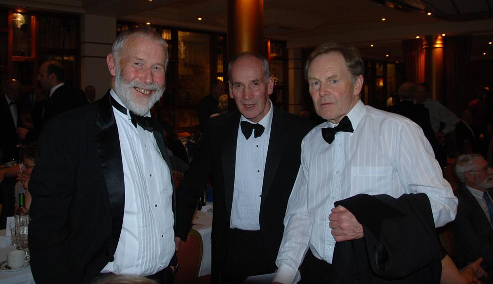 Sir Chris Bonington, Mark Vallance and Derek Walker, 146 kb