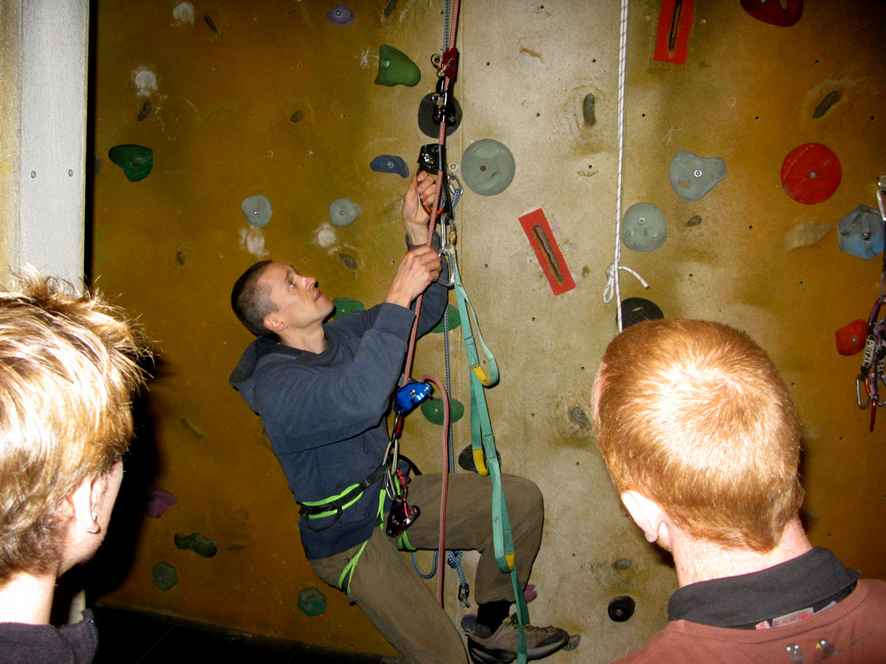 Steve McClure using a Petzl Grigri and Ascension to ascend: used a by route setters at climbing walls, photog and new routers., 164 kb