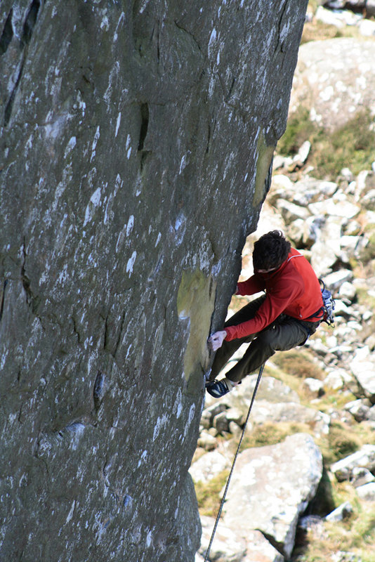 Ricky Bell setting up for the crux on The Big Skin, 144 kb