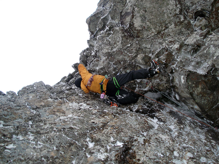 Andy Turner on the crux of Sassenach (yes it is that way round!), 221 kb