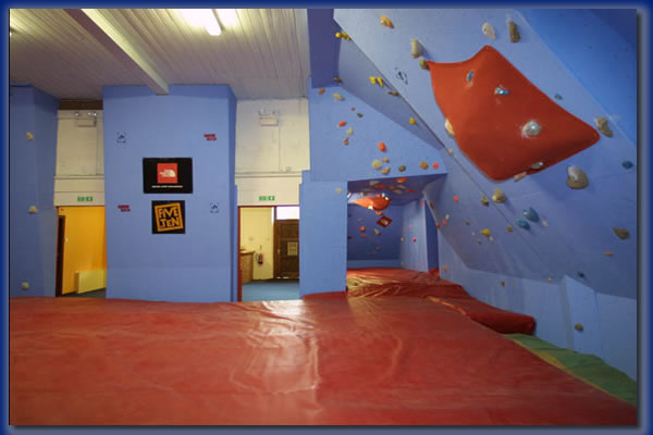 BoulderUK, Blackburn, 36 kb