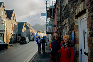 Owen Samuel and Rocio Siemens outside their home on the Llanberis high street, 25 kb