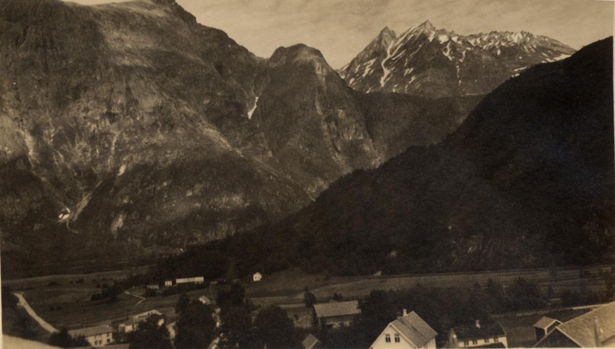 Norway? in 1937, 102 kb