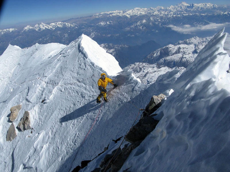 Makalu in Winter: Simone Moro and Denis Urubko successful ascent., 112 kb
