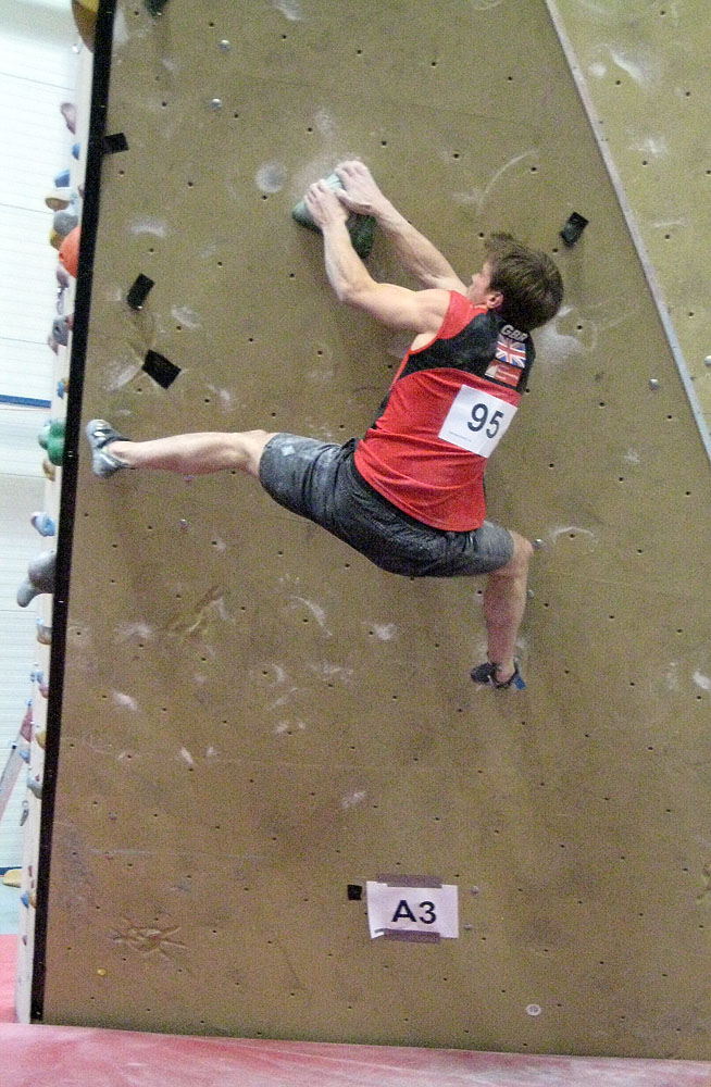 Dave Barrans climbing well in the final at Vienna, 179 kb