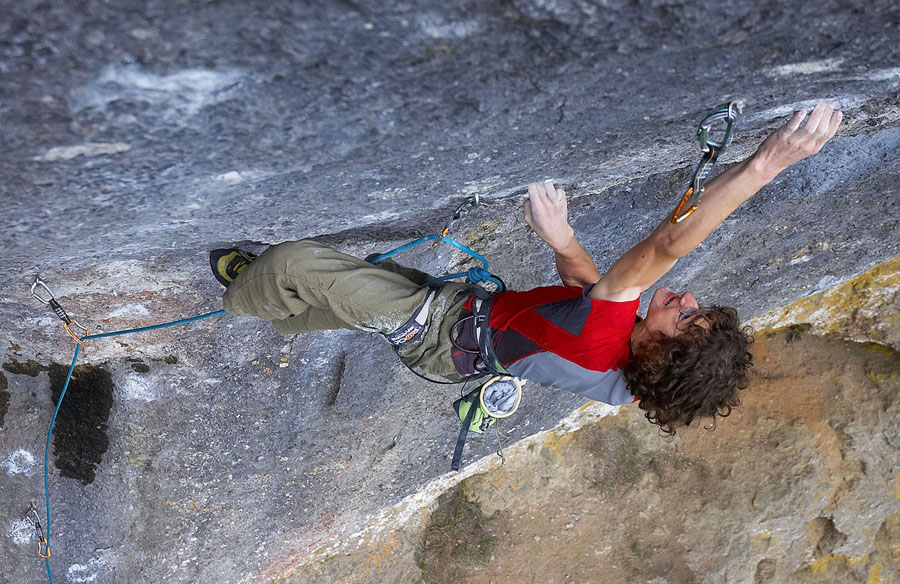Adam Ondra on his recent ascent of Corona, 11+ (F9a+) , Frankenjura, 185 kb