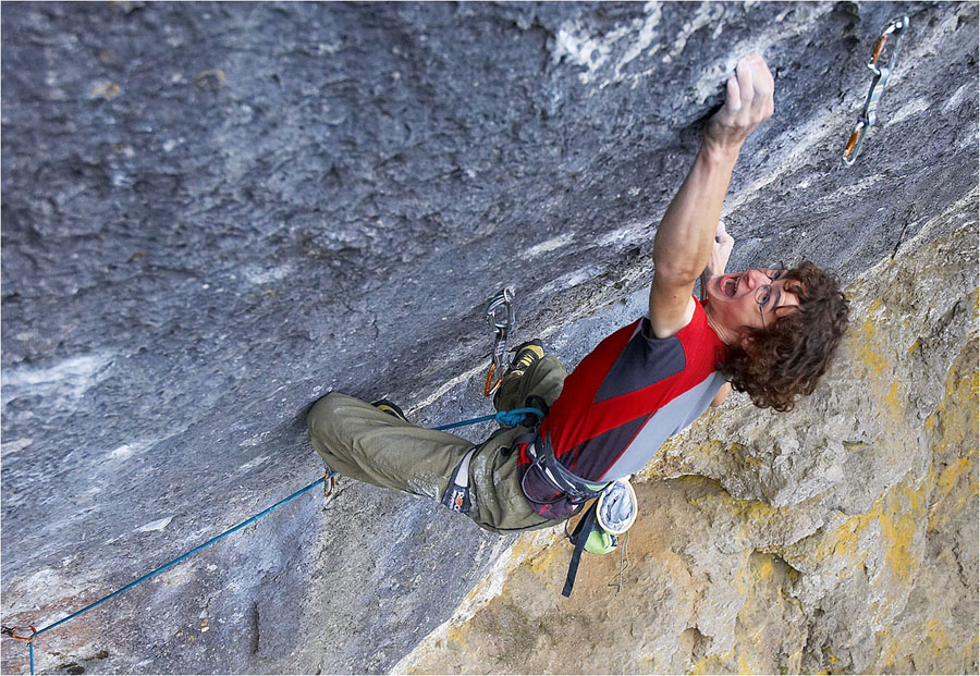 Adam Ondra on his recent ascent of Corona, 11+ (F9a+) , Frankenjura, 216 kb
