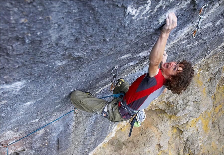 Adam Ondra on his recent ascent of Corona, 11+ (F9a+) , Frankenjura, 216 kb