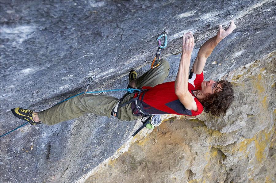 Adam Ondra on his recent ascent of Corona, 11+ (F9a+) , Frankenjura, 206 kb