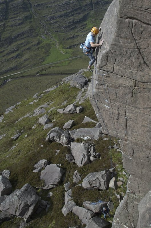 Dave MacLeod high on his new E8 Kolus, Torridon, 108 kb