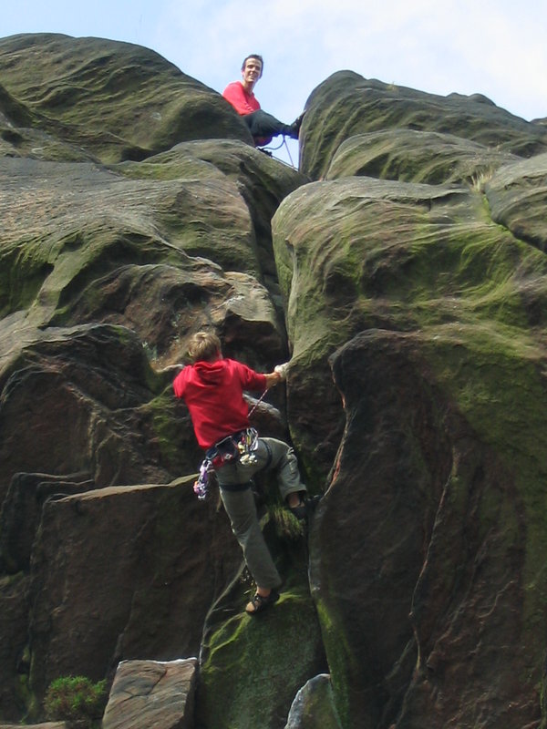 Tom Randall brings Pete Whittaker up the last route of the day - The Sloth, 96 kb