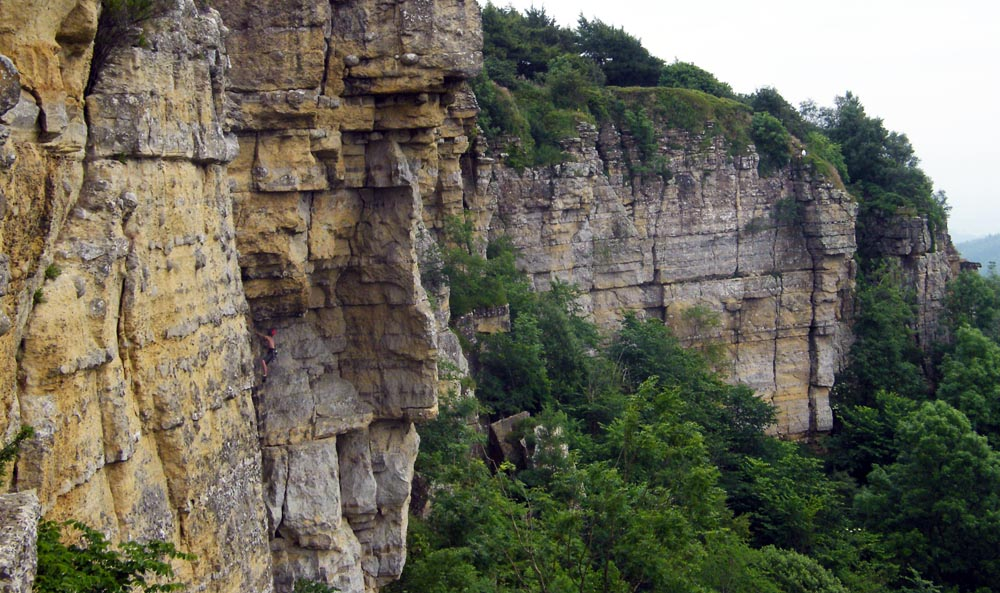 Whitestone Cliff Traverse 2, 166 kb
