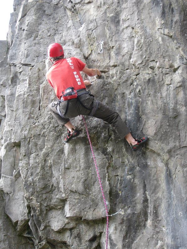 Dave Musgrove on Cave and Crag, 136 kb