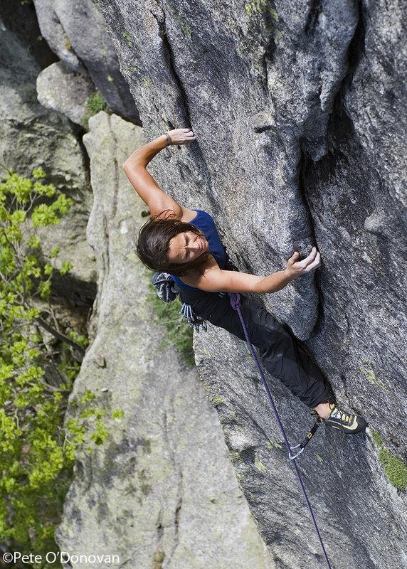 Bolted Granite in the Catalan Pirineus: Lisi Roig on 'Salem Alekum' (6c) in Cavallers., 186 kb