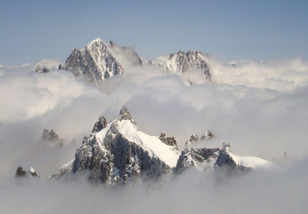 Peaks in the cloud, 71 kb