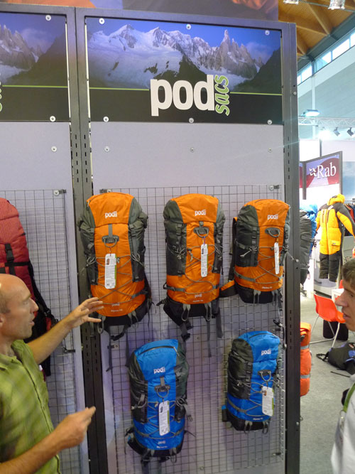 Neil McAdie of Equip UK shows off the new PODsacs range at the Friedrichshafen Outdoor show, 88 kb