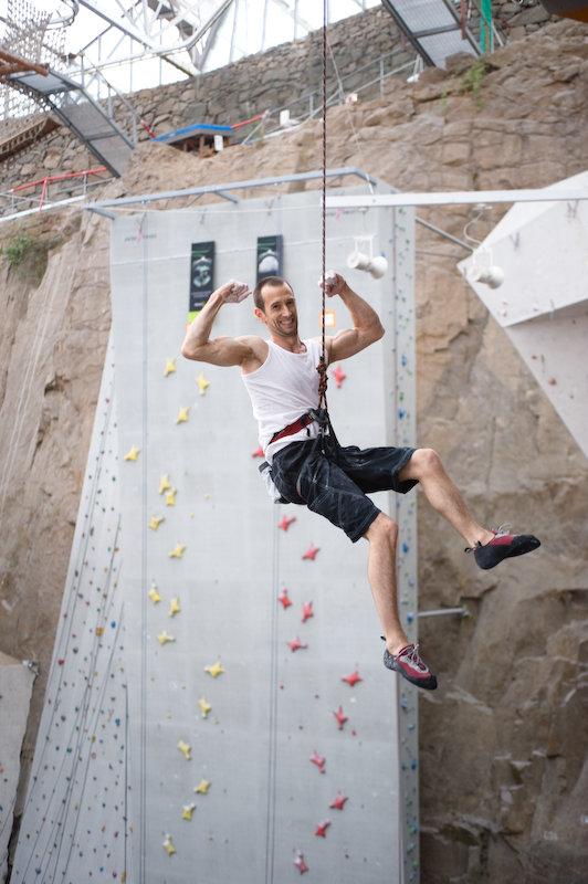 Drew Haigh: British Lead Climbing Champion 2009, 94 kb