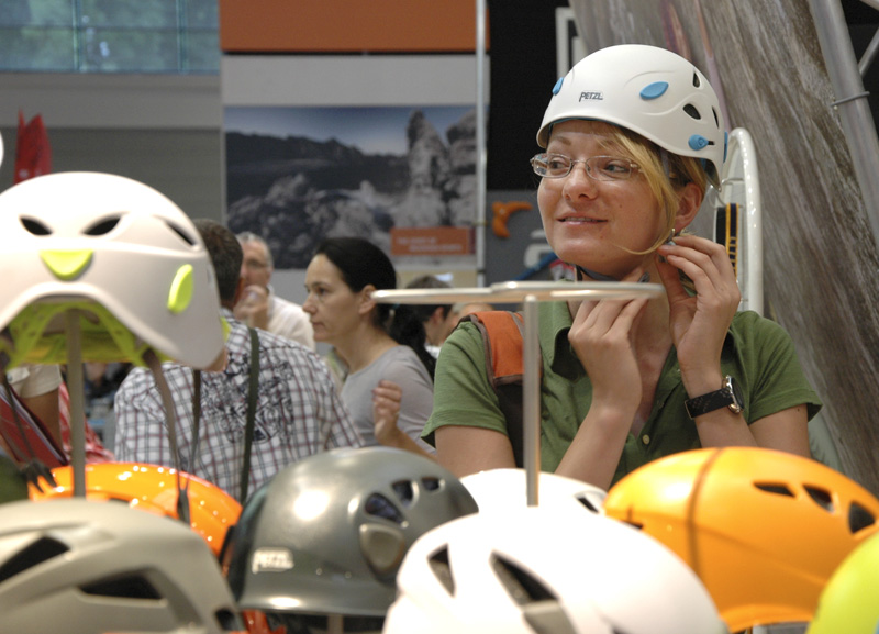 A helmet just for women from Petzl., 134 kb