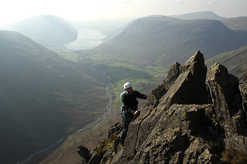 Wasdale from the upper crest of Needle Ridge, 131 kb
