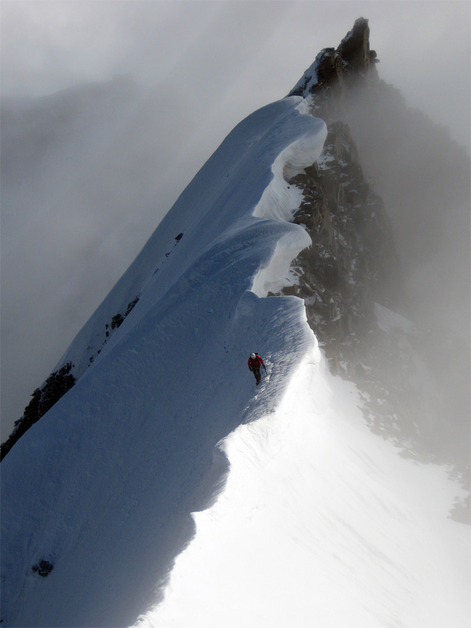North summit ridge of Gran Paradiso, 125 kb