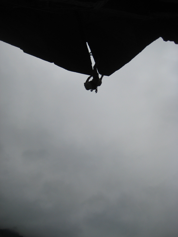 Pete Whittaker FA of Gloves of War, E6 6c: 'one of the very best offwidth roofs in the world', 182 kb