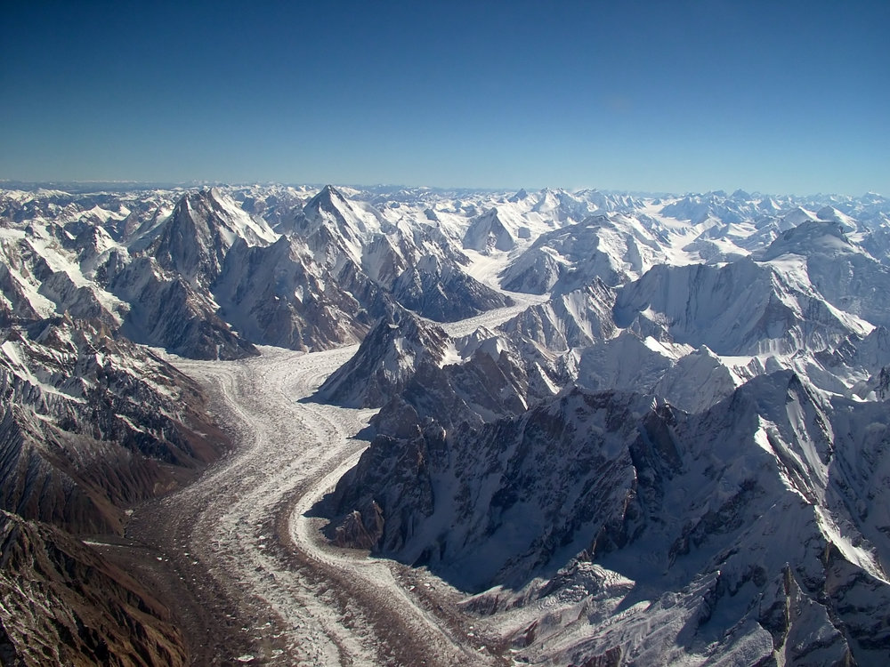 Baltoro Glacier from the air - Karakorum, 203 kb