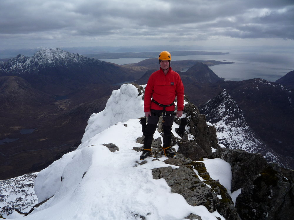 Peeley.b on the summit of Sgurr nan Gillean, Isle of Skye., 125 kb