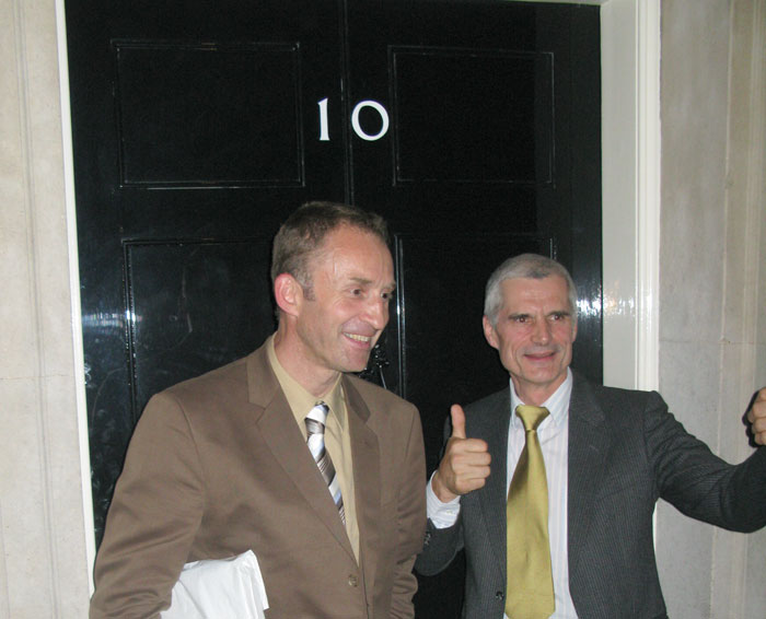 Dave Turnbull and Nick Colton at No.10 Downing Street, 60 kb