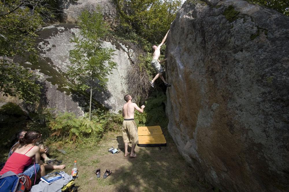 Jamie Mid flight on a dyno in Targassone, 217 kb