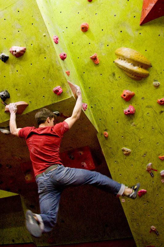 Dave Barrans bouldering hard at Manchester Climbing Centre, 121 kb