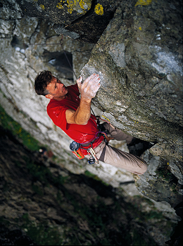 Dave Birkett on the upper section of Uphellya. Steep climbing on large loose blocks., 151 kb